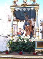 Catenanuova - festa di San Giuseppe 19 marzo 2007, l'uscita dalla Chiesa Madre  - Catenanuova (1634 clic)