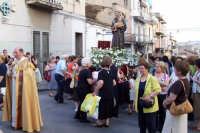 Catenanuova (EN), 13 giugno 2007 Festa di Sant'Antonio di Padova, il Parroco Don Natale Bellone invita alla preghiera.  - Catenanuova (2286 clic)