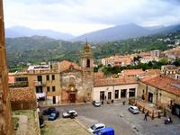 Piazza castello   la chiesa dell'annunziata.  Foto peppino carollo.   - Castelbuono (9293 clic)