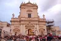 Uscita SS. Cristo Flagellato alla Colonna  Giovedì Santo  Uscita SS. Cristo Flagellato alla Colonna   - Ispica (5736 clic)