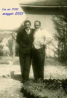 ZIO TURI  MONZA  1955     (Foto di Bruno Marino)  CON IL MIO CARO ZIO TURI A MONZA NEL 1995  - Ragusa (3428 clic)