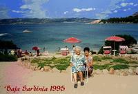 MAMI e MADDALENA  1995    (Foto di Bruno Marino)  MAMI NEVENKA E MADDALENA IN VACANZA IN SARDEGNA