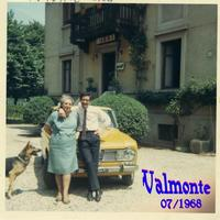 BRUNO e MAMA' 1968          (Foto di Bruno Marino) BRUNO MARINO con MAMMA NEVENKA H. VALMONTE 1968   CINISELLO BALSAMO (MI)  - Ragusa (3397 clic)