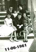 MONZA   1961             (Foto di Bruno Marino) GRUPPO FAMILIARE   MONZA(MI) 1961  - Ragusa (3231 clic)