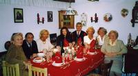 NATALE  2002                (Foto di Bruno Marino)  UN RICORDO DI UN BEL NATALE IN SERENITA'. UNA  TRADIZIONE SEMPRE ATTUALE SEBBENE I GUSTI DELLA  GENTE COMUNE SONO CAMBIATI SPECIALMENTE I GIOVANI  AUSTRIA 24/12/2002.  - Ragusa (3246 clic)