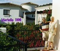 MARBELLA   1996        (Foto di Bruno Marino) UNA VACANZA COI FIOCCHI!! OSPITI IN UNA VILLA DA FAVOLA RIVERITI e SERVITI CON GRANDE SIGNORILITA' QUATTRO GIORNI IMPAGABILI!!NON PLUS ULTRA!!!!   MARBELLA SPAGNA  1996   - Ragusa (3188 clic)