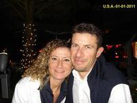 U.S.A.   2011              (Foto di Bruno Marino)  MORENO e FEDERICA  UN MORDI E FUGGI NELLA MITICA   FLORIDA.                   MIAMI GEN.2011  - Ragusa (3207 clic)