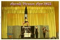 ACROBATI  1972     (Foto di Bruno Marino)  SPETTACOLO DI VARIE ACROBAZIE NEL TEATRO REGIO DI    AS