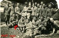 IN FRONTIERA (YU)  1930   (Footo di Bruno Marino) MIO PADRE GIOVANNI MARINO IN FRONTIERA A VILLA DEL NEVOSO (OGGI SLOVENIA) NEL 1930.  - Ragusa (8242 clic)