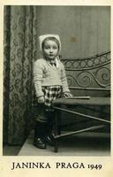 JANINKA  1949          (Foto di Bruno Marino)  JANINKA A PRAGA 1949  - Ragusa (2953 clic)