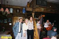 MUNCHEN 1988      (Foto di Bruno Marino)  INVITATI DALLA GRANDE BIRRERIA SPATEN COME   PREMIO DI FINE STAGIONE. TRE GIORNI MAGNIFICI CON  VISITE TURISTICHE E SERATE CON MUSICA ED ALLEGRIA  FIUMI DI BIRRA PER GLI ASSETATI E CIBO PER GLI  AFFAMATI MONACO DI BAVIERA SETT.1988    - Ragusa (3288 clic)