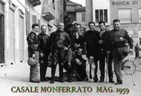 RADUNO MOTOCICLISTICO 1959 (Foto di Bruno Marino) RADUNO MOTOCICLISTICO IN CASALE MONFERRATO (AL)  MAGGIO 1959  - Ragusa (3060 clic)
