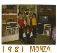 BIMBI DEL 1981      (Foto di Bruno Marino)  MORENO-VALERIO-PAOLA BIMBI OGGI ADULTI....          MONZA CAZZANIGA  1981  - Ragusa (3321 clic)