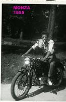 BRUNO MARINO 1955          (Foto di Bruno Marino) BRUNO MARINO su GILERA a MONZA  anno 1955  - Ragusa (4320 clic)