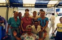 FIERA INT. TRIESTE 1989     (Foto di Bruno Marino)  TUTTI I CAPOCCIONI DELLA BIRRERIA HENRY IN   OCCASIONE DELLA FIERA INTERNAZIONALE.MANCAVA  IL CAGNOLINO.ERA IMPEGNATO A FAR LA CORTE ALLA  CAGNOLINA.E NATO UN  AMORE TOSTO TOSTO!!!!!        TRIESTE 25 03 1989  - Ragusa (3446 clic)