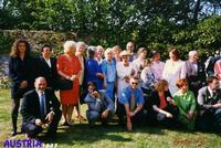 UN BEL GRUPPO DI PERSONE PER UN EVENTO  SPECIALE. AUSTRIA  1997  - Ragusa (3154 clic)