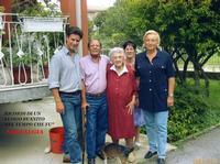 I MIEI CARI....2002            (Foto di Bruno Marino)  MOMENTI DI VITA PERDUTI PER SEMPRE.     MONZA 07 SETT. 2002  - Ragusa (3018 clic)