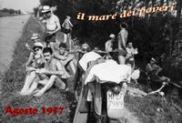 EMIGRANTI al... MARE  1957    (Foto di Bruno Marino) IL MARE DEI POVERI 1957 CANALE VILLORESI MUGGIO'(MI)  - Ragusa (7304 clic)