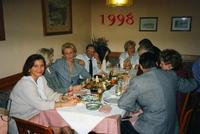 IN BUONA COMPAGNIA OTTIMA SERATA BUON CIBO BEVERAGGIO SUPERLATIVO.BRATISLAVA SLOVACCHIA  1998  - Ragusa (3320 clic)