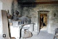 Palazzo dei Mercedari, museo etnografico pietra per pietra esattamente riprodotte per dare con esattezza l'idea di come si viveva anni fa.  - Modica (1636 clic)