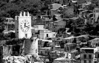 il castello, l'orologio  MODICA Enzo Belluardo