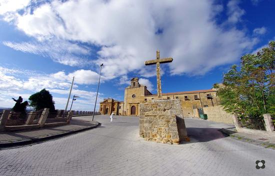 Convento dei Cappuccini 1589 - CALASCIBETTA - inserita il 05-Nov-12