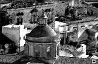 San Giorgio, cupola fra i tetti   - Modica (972 clic)
