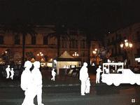 Eurochocolate, sagome in movimento n.167 di Enzo Belluardo dal racconto Per le vie di Modica dedicato alla città per La Piccola Locanda Modica   - Modica (3100 clic)
