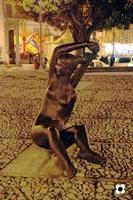 La Musa delle Acque statua in bronzo dello scultore modicano Enzo Assenza posta sulla Fontana Cellini (2460 clic)