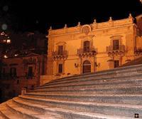 Scalinata di San Giorgio e Palazzo Polara  MODICA Enzo Belluardo