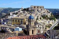 Ibla, tetti e Cupole   - Ragusa (1561 clic)