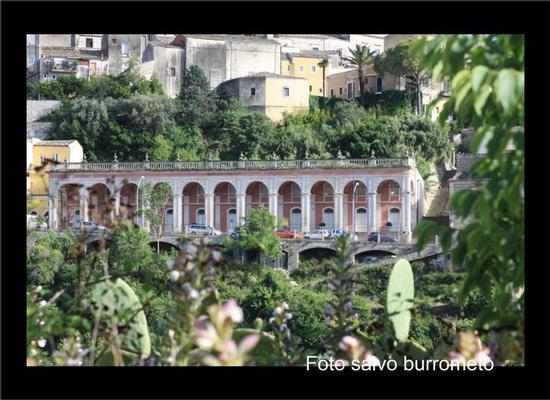 via del mercato - Ragusa Ibla -  - inserita il 31-Mar-11