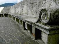 sedile di pietra antica panchina in pietra   - Petralia sottana (4822 clic)