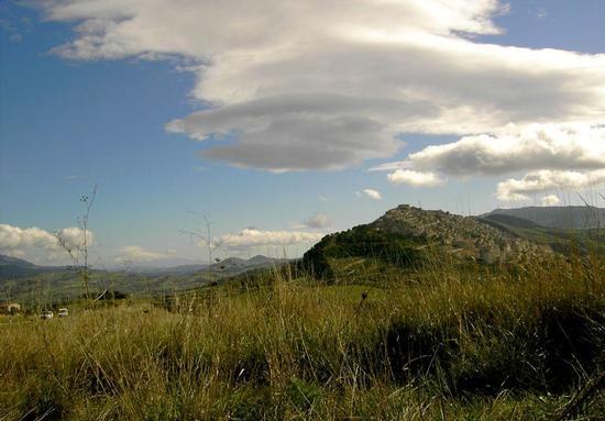 panorama con etna - GANGI - inserita il 25-Aug-11