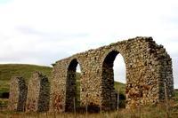archi acquedotto   - Petralia soprana (539 clic)
