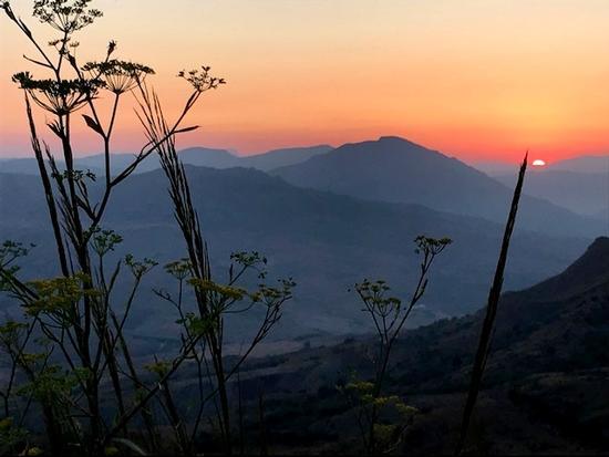 tramonto - POLIZZI GENEROSA - inserita il 30-Jan-20