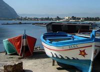 Mondello (PA) Mondello (Munneddu in siciliano), borgo marinaro e frazione di Palermo, è una località