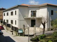 CAMPOFELICE DI FITALIA - edificio scolastico. (4304 clic)