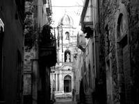 scorcio con chiesa san bartolomeo   - Scicli (2212 clic)