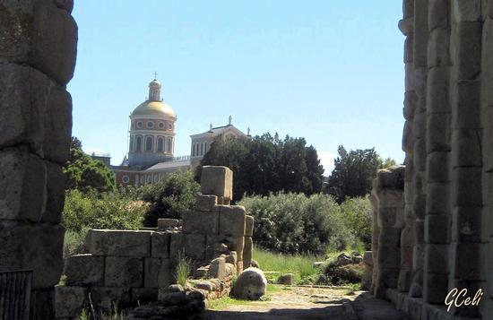 La asilica dall'Area Archeologica - TINDARI - inserita il 04-Nov-13