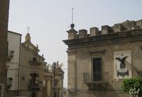 Scorci del Pal. Branciforti e Chiesa Madre   - Leonforte (1097 clic)
