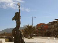 Lungomare e Fontana della Sirena   - Sant'agata di militello (4883 clic)