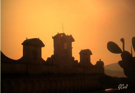 Granfonte all'imbrunire - LEONFORTE - inserita il 25-Jul-13