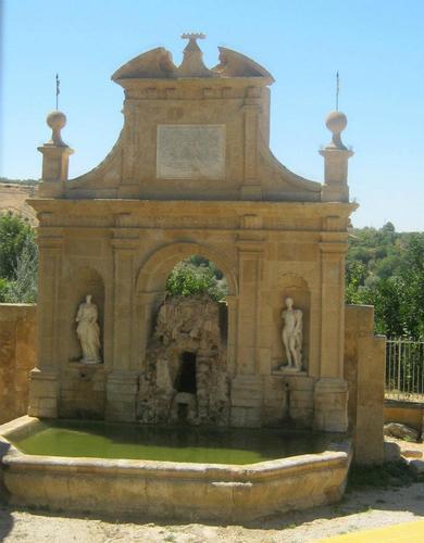 Fontana delle Ninfe - LEONFORTE - inserita il 23-Apr-12