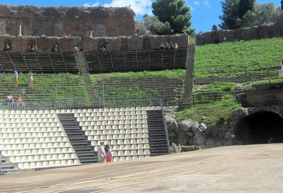 Anfiteatro - TAORMINA - inserita il 09-Dec-13