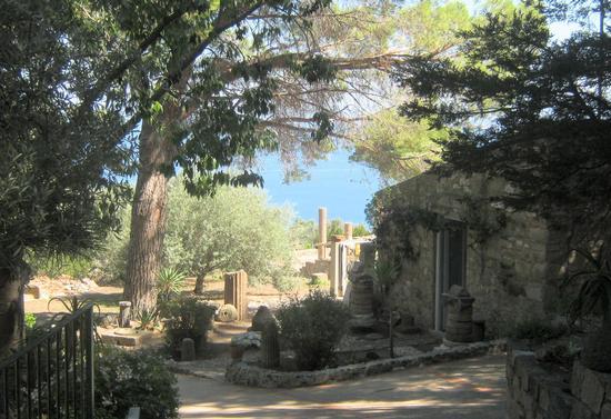 Ingresso Area Archeologica - TINDARI - inserita il 21-Oct-13