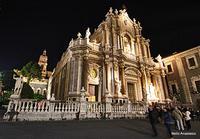 Catania: il Duomo (1443 clic)