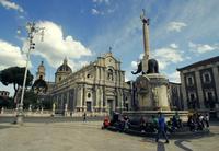 Piazza Duomo   - Catania (2375 clic)