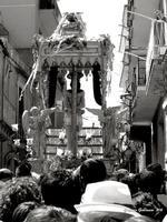 Il Santo tra la folla 10 agosto 2012, festa di San Sebastiano Martire  - Palazzolo acreide (2246 clic)
