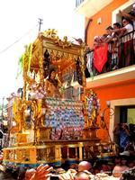 Il Santo tra i fedeli 10 agosto 2012, festa di San Sebastiano Martire  - Palazzolo acreide (2126 clic)